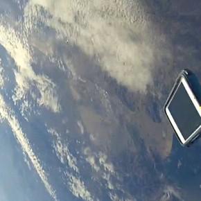 iPhone 5 overleeft val uit ruimte [video]