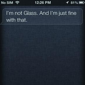 Siri drijft de spot met Google Glass